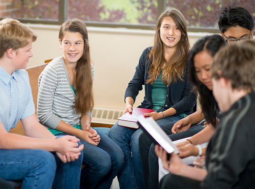 grupo de estudio adolescente