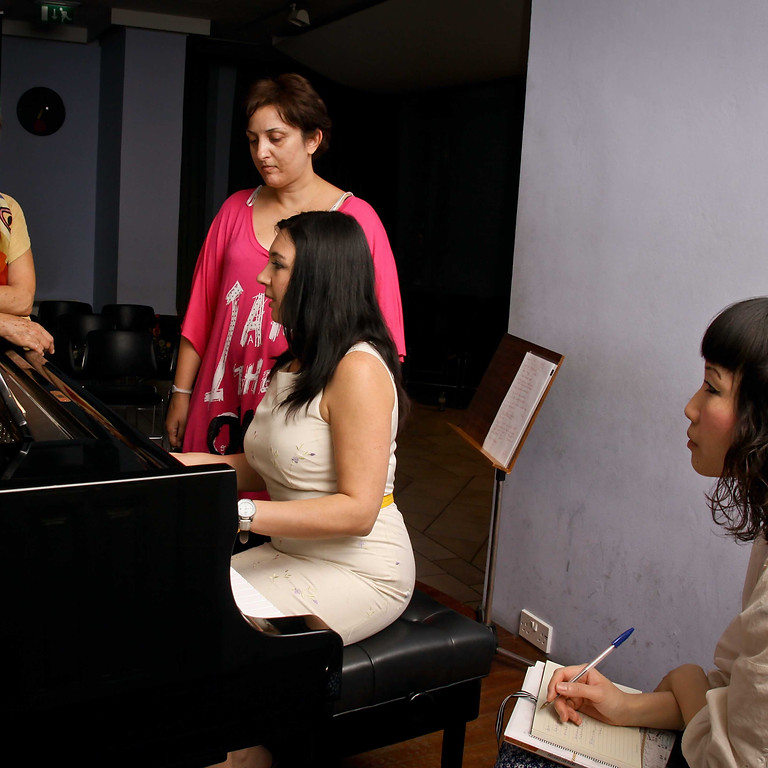 Piano-Yoga® Club: Presentation of 'Transform Your Practice' Video Course by GéNIA