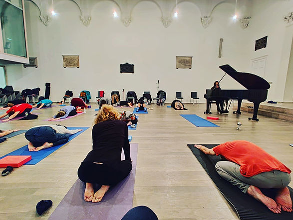 GéNIA Piano-Yoga® Event.JPG