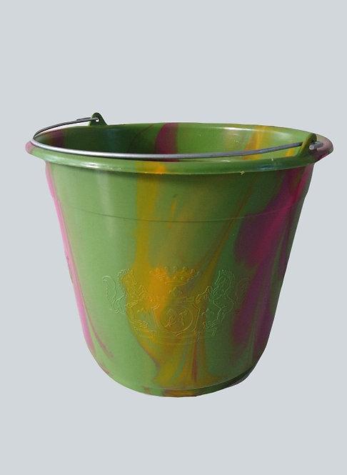 plastic emmer groen