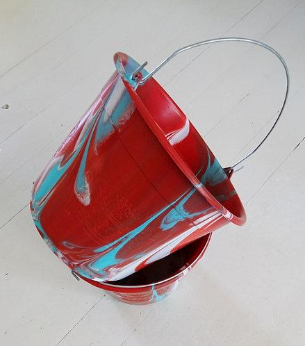 plastic emmer rood