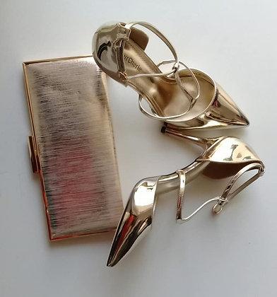 Sapato e carteira