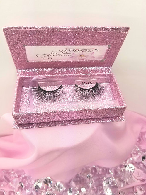 Honey Bee 6D Mink Lashes