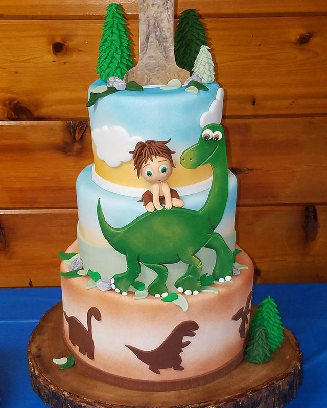 Happy Birthday Antonio #gooddinosaur #edibleart #thecakeplace