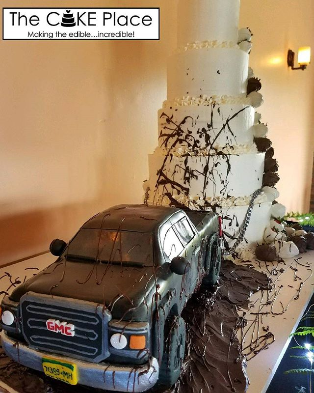 Congratulations Amber & Justin ❤ Peanut Butter truck in chocolate ganache mud pulling a red velvet,