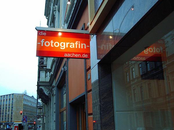Schild für Fotografin