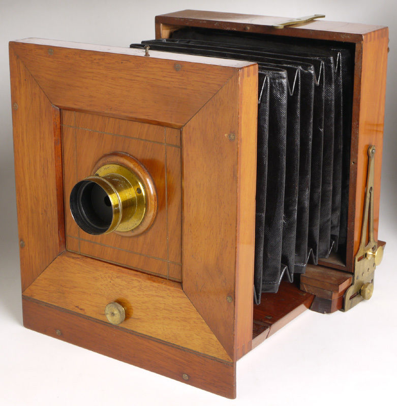 5x7 field camera front