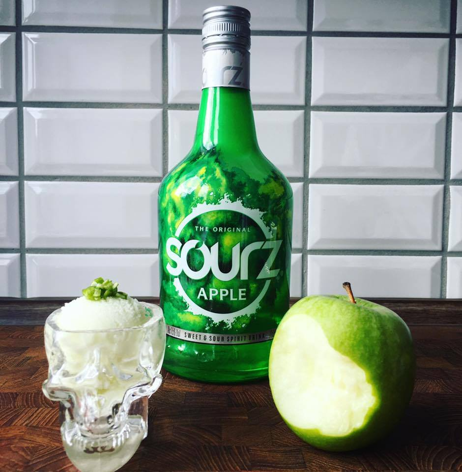 Sourz Apple is opskrift Bar Is