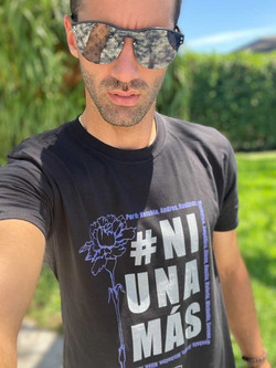 Toni Costa con #NiUnaMas
