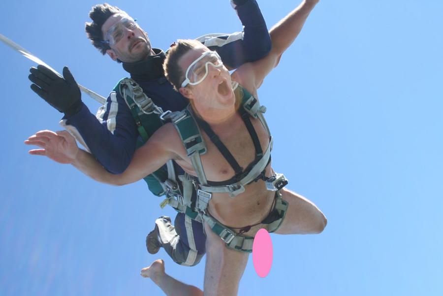 #58 - Naked Skydive