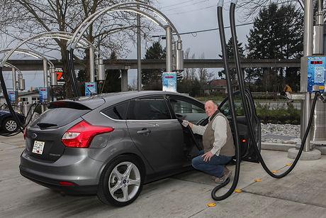mike Lageweg   shine car wash dec2015 (1