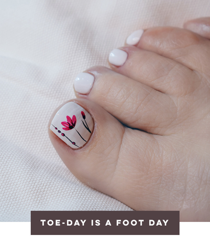 Toe-day Is A Foot Day_webshop_02.jpeg