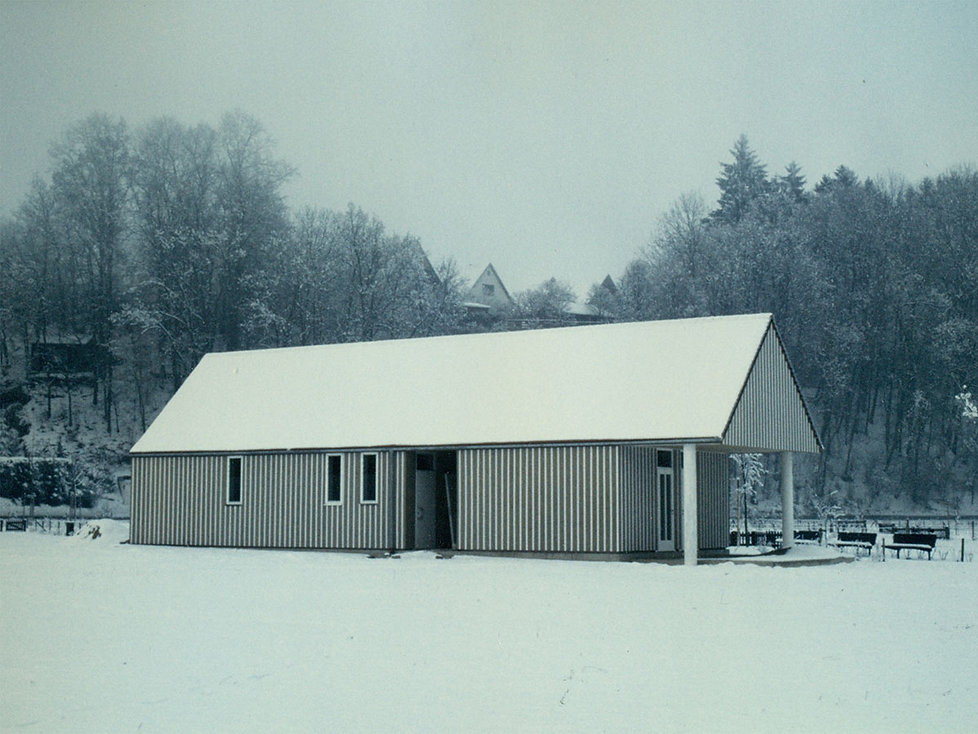 burzin-architekten-projekte-vereinsheim-