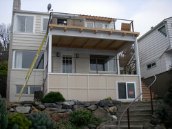 West Seattle Double Deck w/ Hot Tub