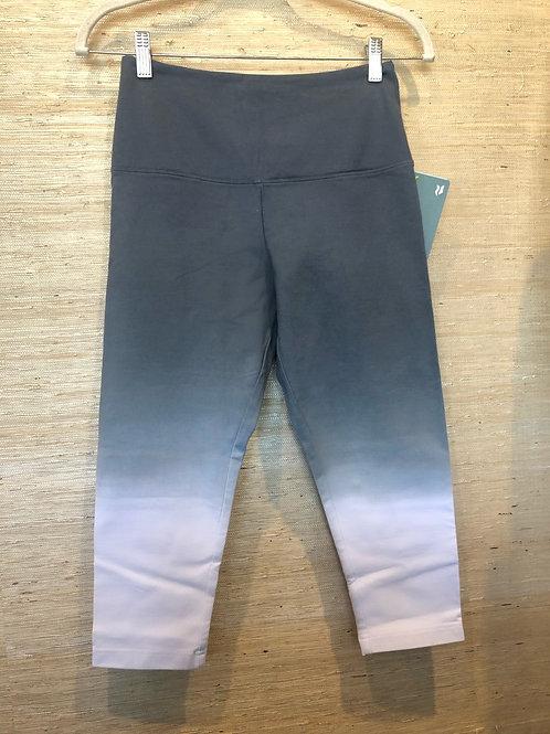 Lysse Grey Dip Dye Capri Leggings