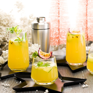 Summer is Calling Passionfruit Punch