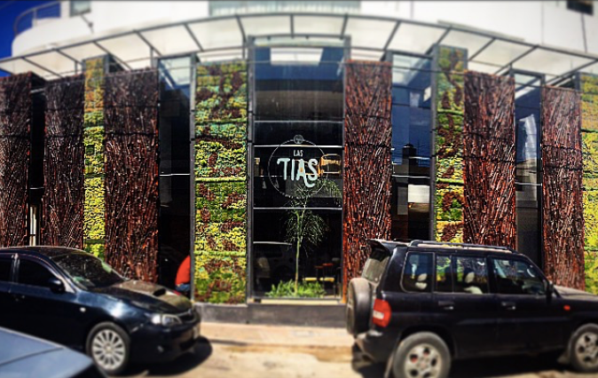 Las Tias, Jesus Pacheco Studio