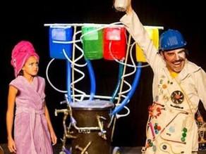 Se você não pode ir ao teatro, o teatro vai até você! reinvenção das Artes Cênicas na pandemia.
