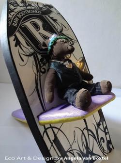 boogie-board-chair2_angela_van_boxtel_edited