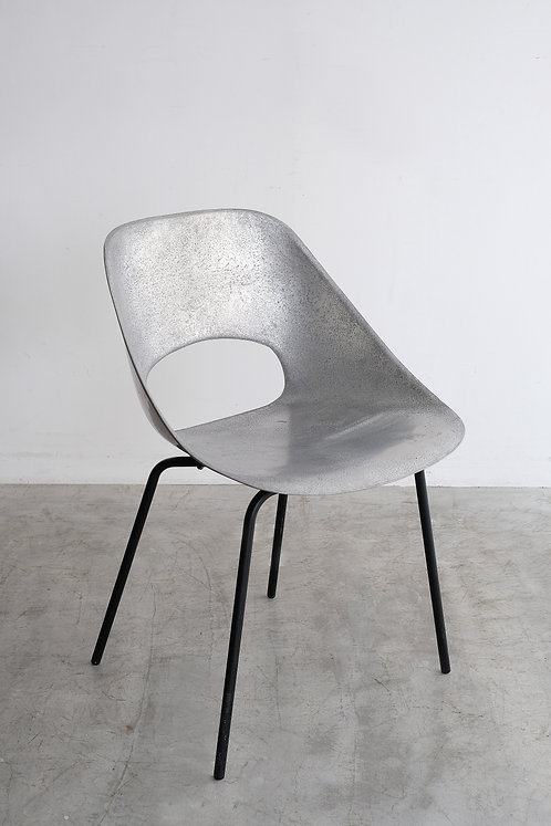 C-634 Pierre Guariche Tulip chair