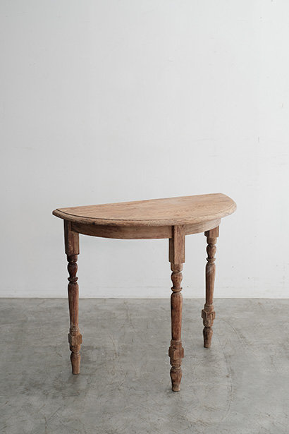 T-416 Table