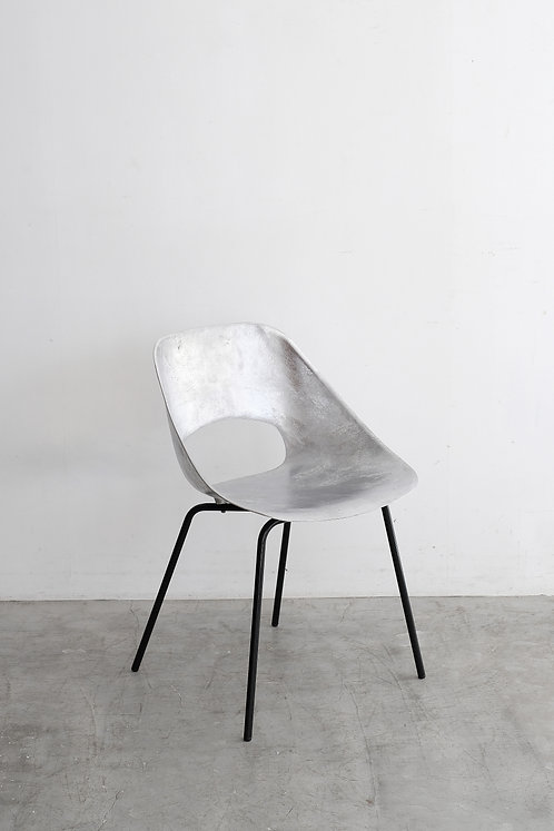 C-585 Pierre Guariche Tulip chair