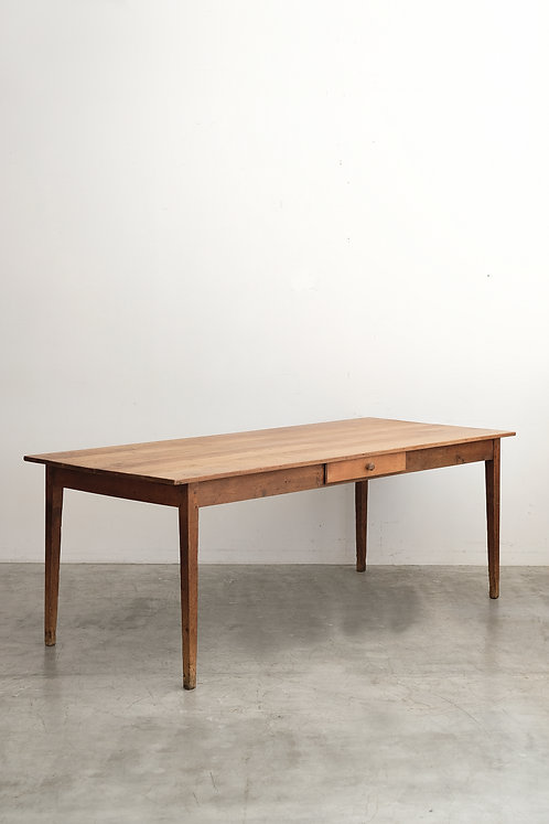 T-490 Table