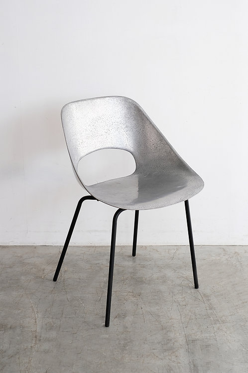 C-659 Pierre Guariche Tulip chair