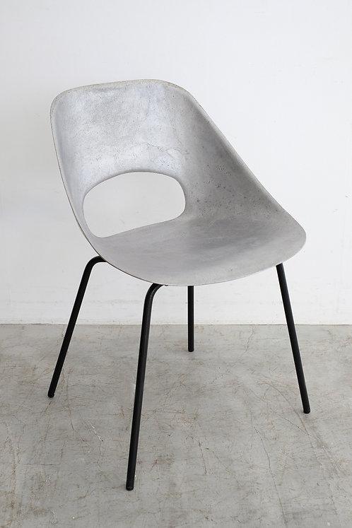 C-679 Pierre Guariche Tulip chair
