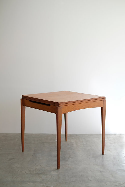 T-552 Table