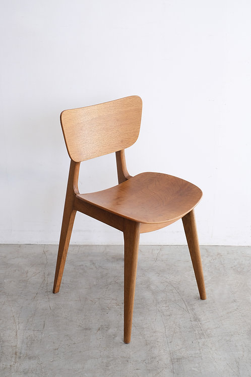 C-657 Roger Landault 6517 Chair