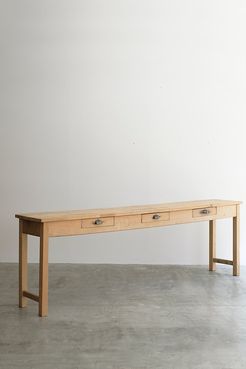 T-537 Table