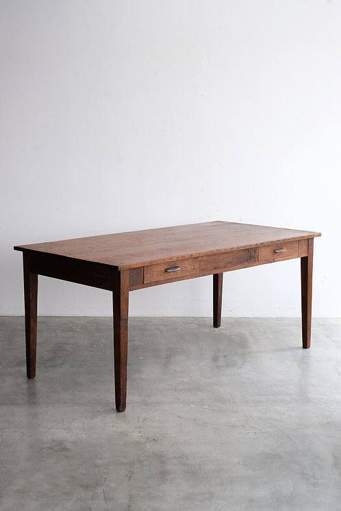 T-522 Table