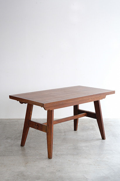 T-379 René Gabriel Table
