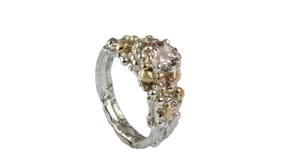 MIRABEL ring with Morganite