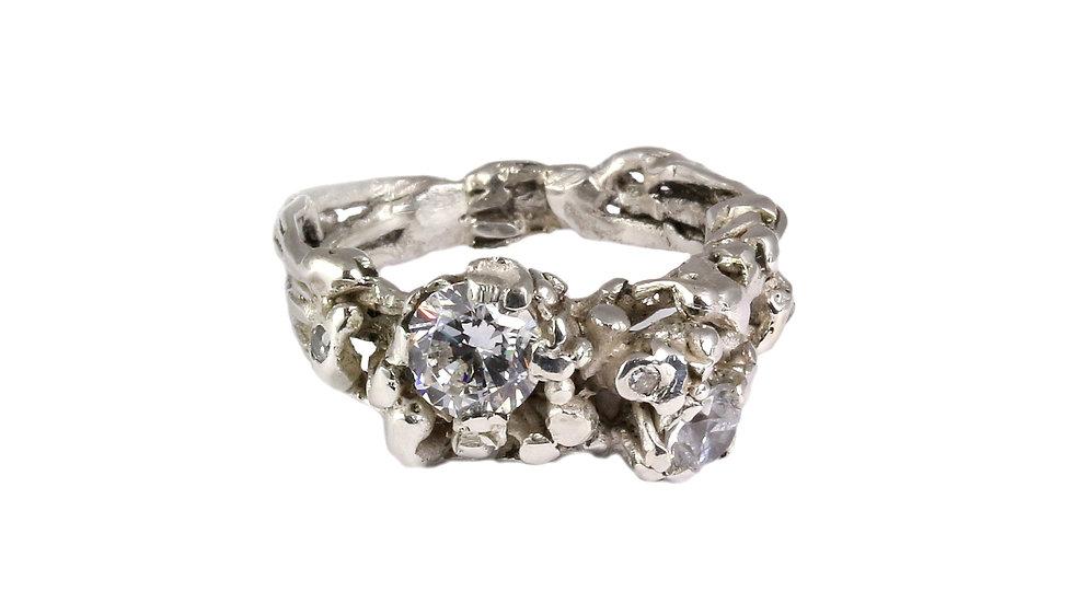 BUDOIR double ring with Zirconia stones