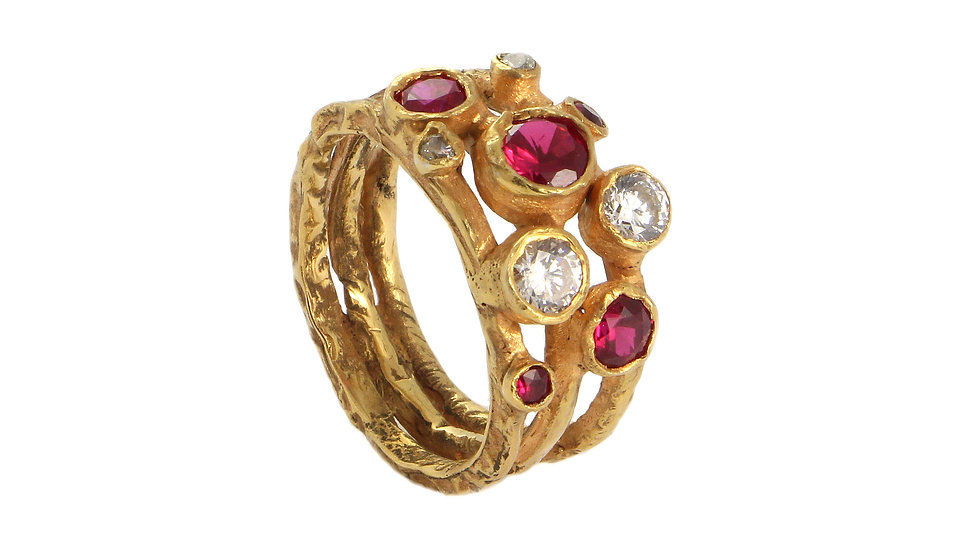 EMMA gold plated ring with Rubies