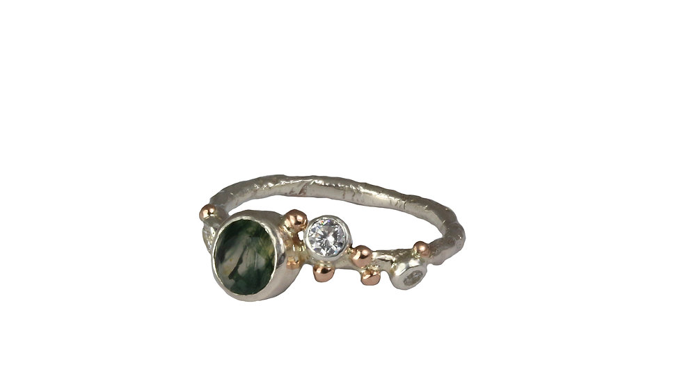 LILA ring with Moss Agate