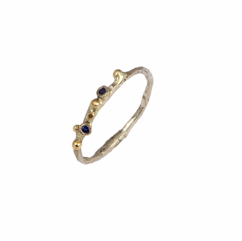 ROSA ring with Sapphires