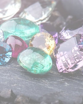 gemstones-collection-jewelry-set_127090-