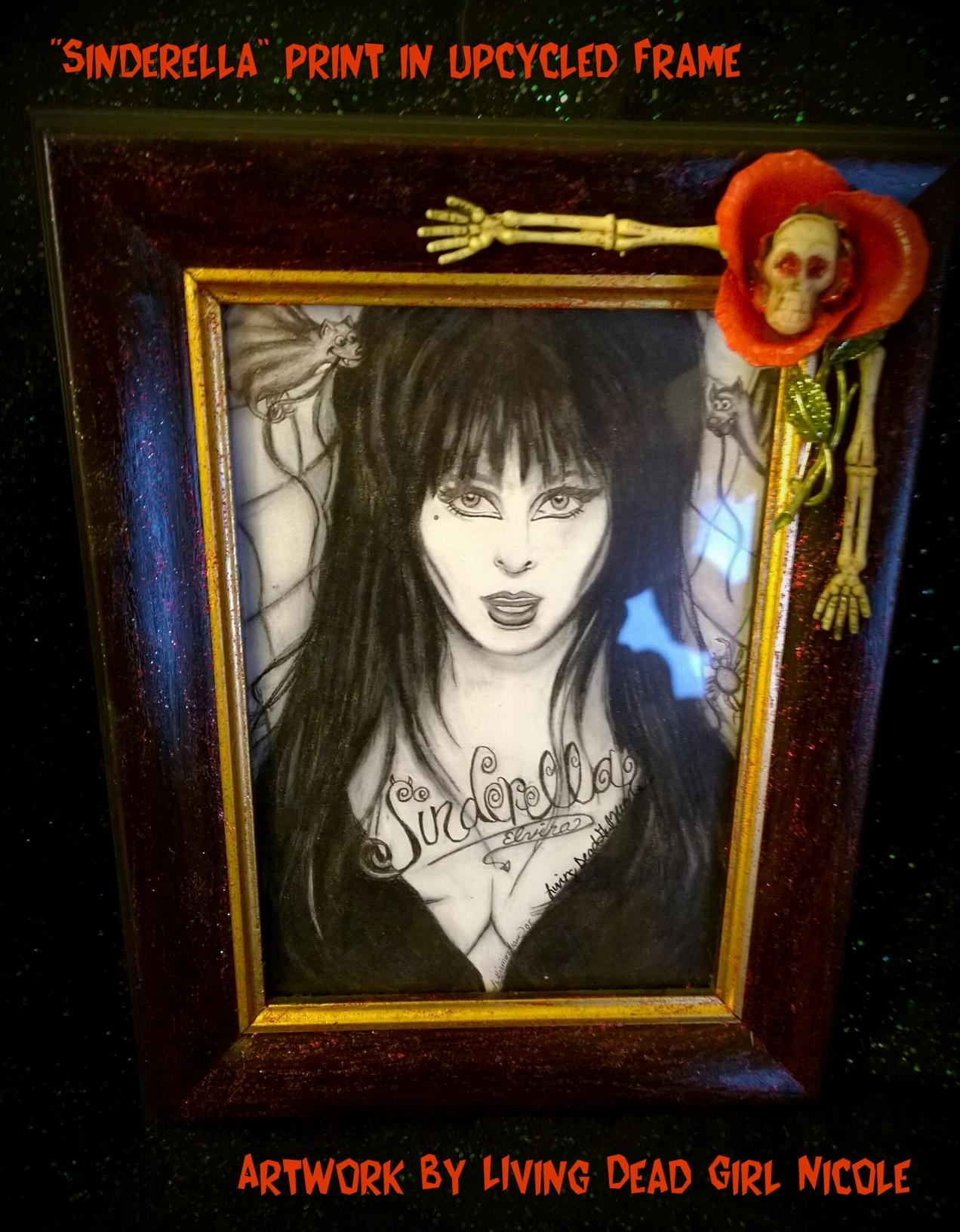 Elvira in upcycled frame