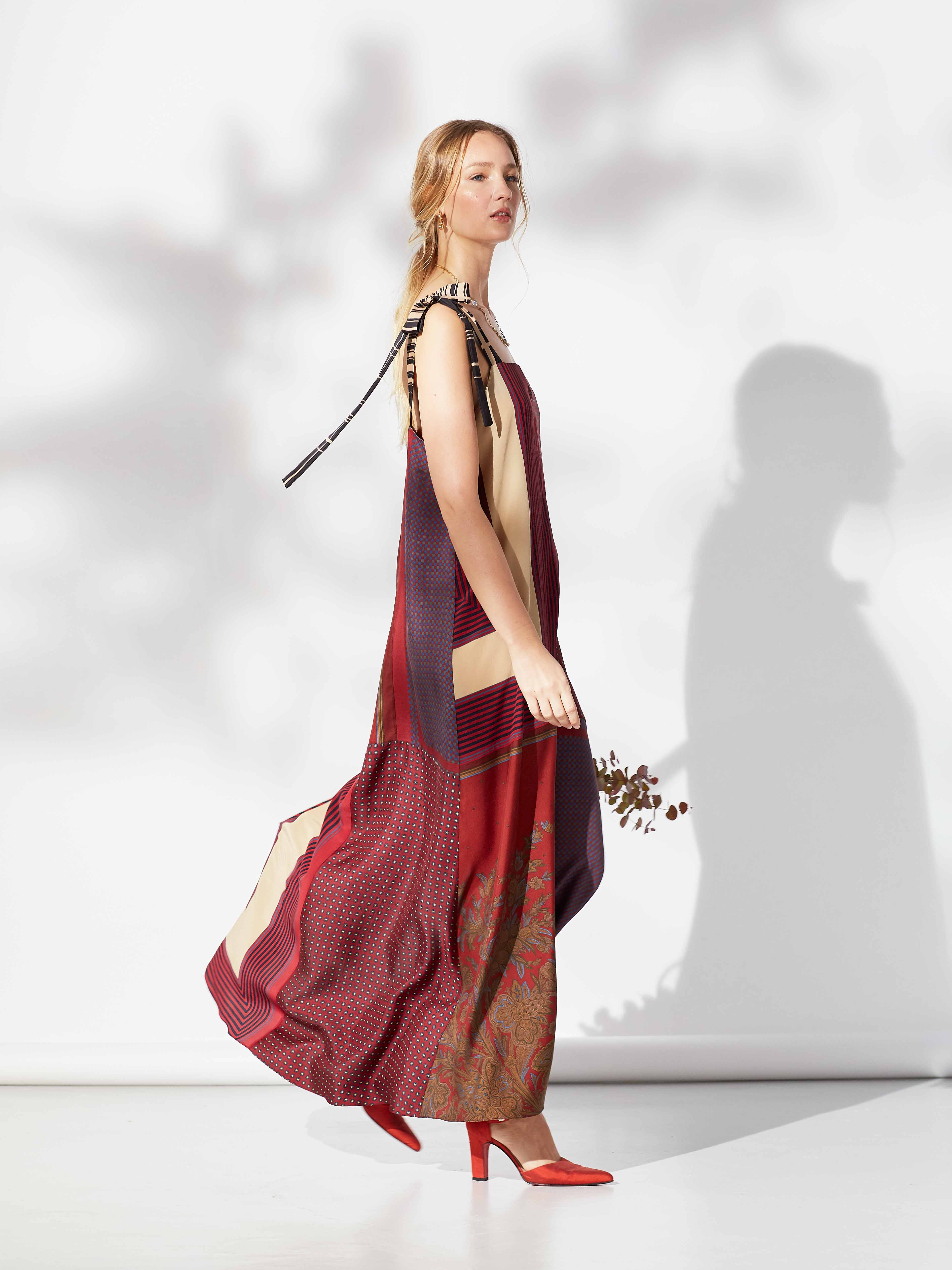 Bow Dress we resonate red