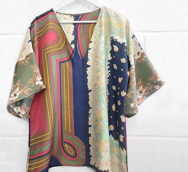 Dominique Kimono Sleeve Top / size 12