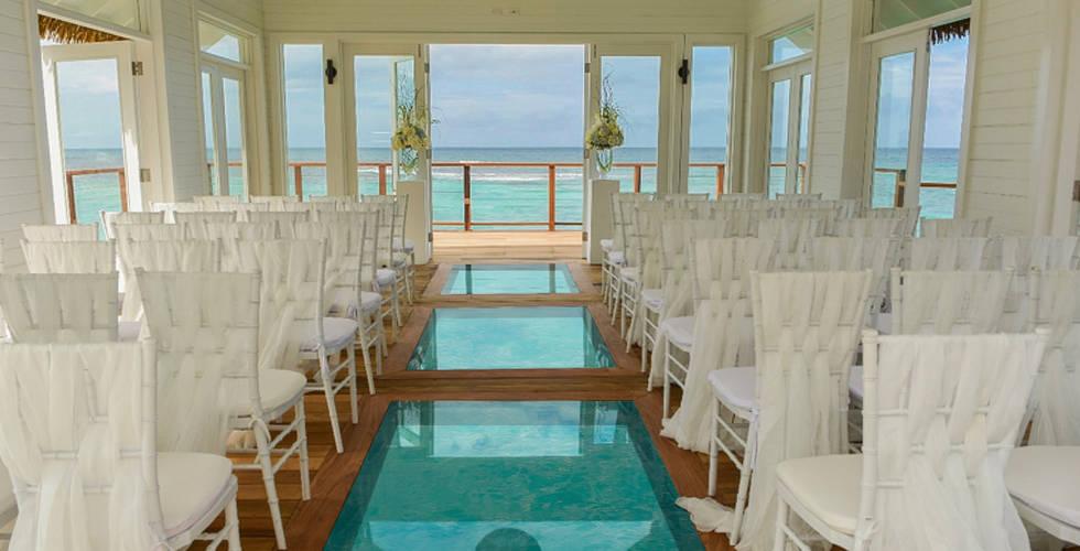Sandals Ochi Beach Resort inside Serenit