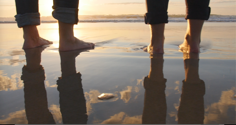 feet reflection.png