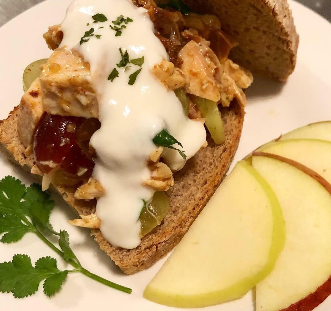 Hearty Mediterranean Chicken Salad with Yogurt Dressing