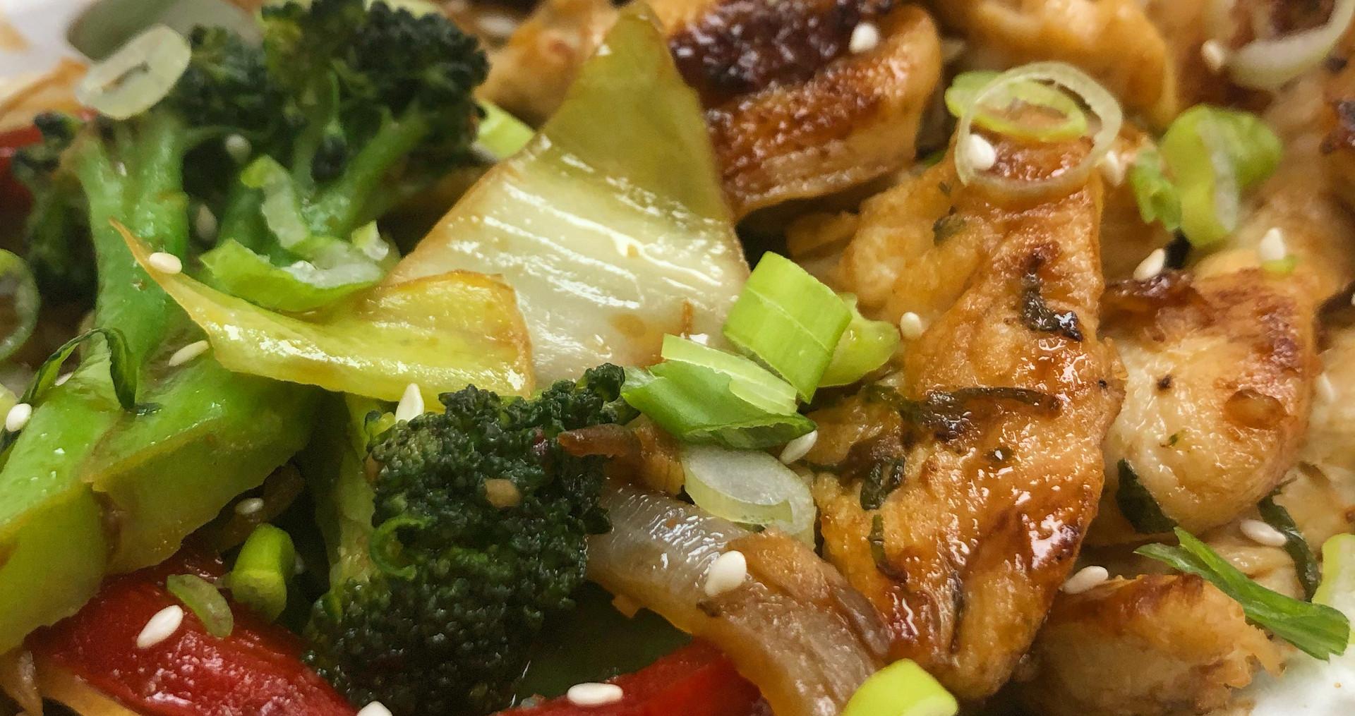 Sweet & Spicy Garden Stir Fry with White Rice