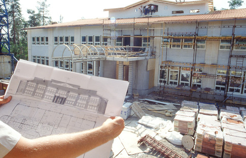 Aitohelmi Klaukkalassa valmistuu kesällä 1990