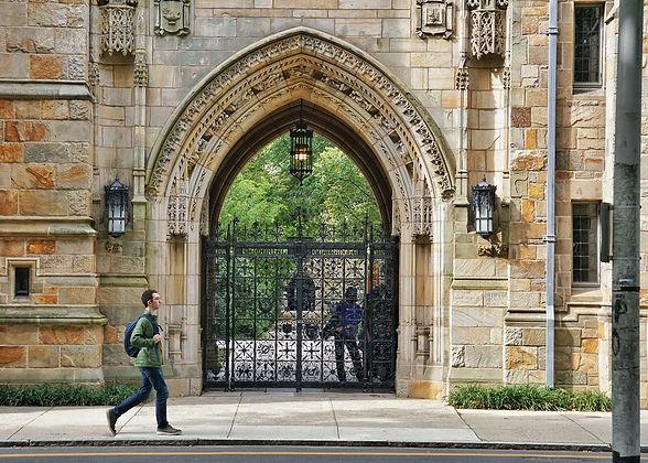 Yale-University-1.jpg