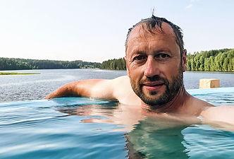Портрет в бассейне.jpg